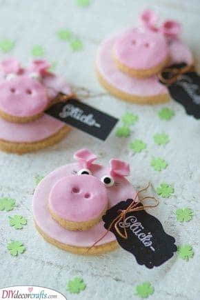 Cute Little Pigs - Lucky New Years Eve Snacks