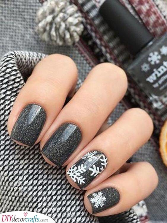 Even More Snowflakes - Cute Winter Nails
