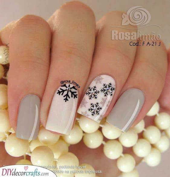Monochrome Snowflakes - Winter Nail Ideas
