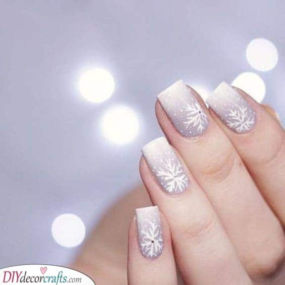 An Ombre Winter Landscape - Stunning Snowflakes
