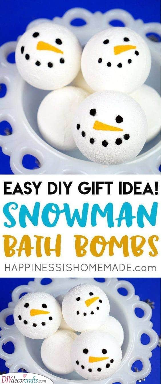Snowmen Bath Bombs - Christmas Gifts for Her