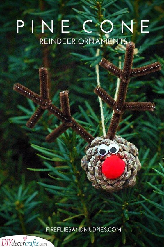 A Pinecone Reindeer - Ornaments as Presents