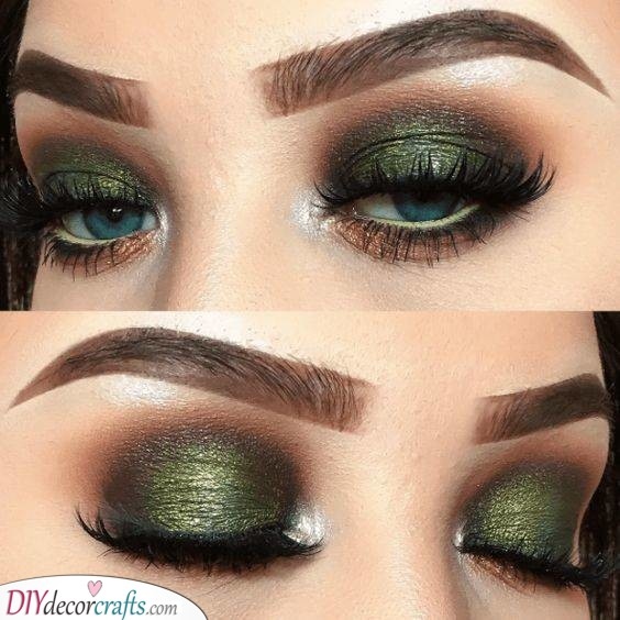 Glamorous in Green - Christmas Eye Makeup