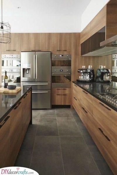 Built-In Cabinets - Sleek Kitchen Cabinet Storage Ideas