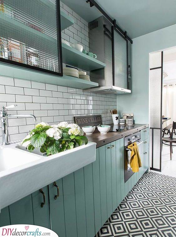 Glass or Plastic Cabinet Doors - Spruce Up Your Kitchen