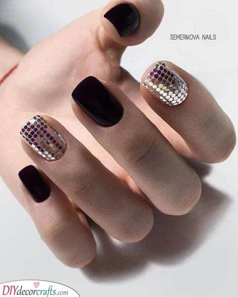 A Groovy Look - New Years Nail Designs