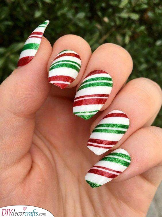 Candy Cane Nails - Easy Christmas Nails