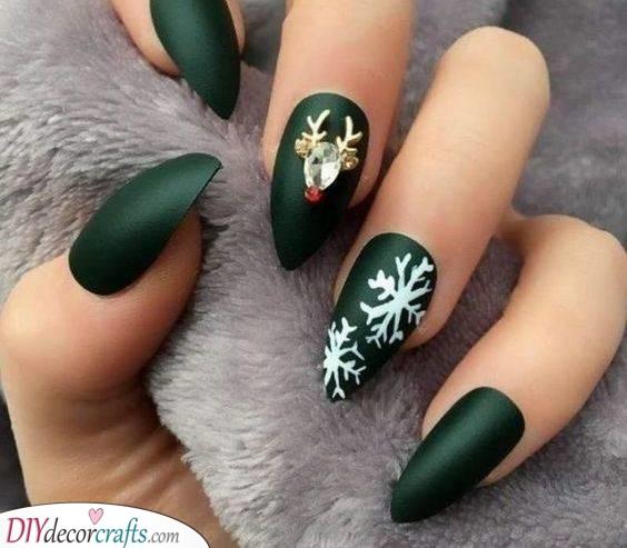 Dark Matte Green - Christmas Nail Designs