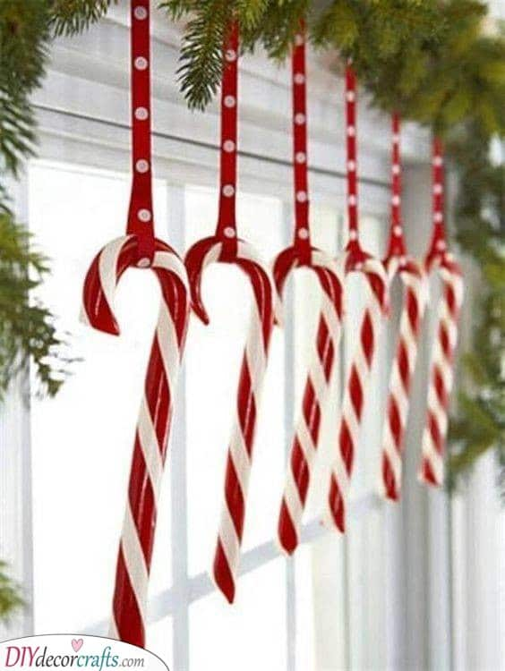 Cute Candy Canes - Fabulous and Festive