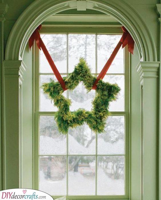 A Star Wreath - Festive for the Winter Holidays