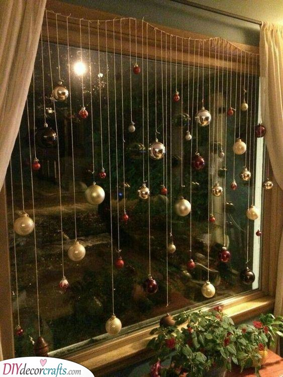 Tree Ornaments - Christmas Window Decoration Ideas