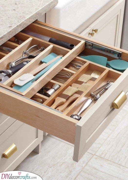 Keep it in Order - Kitchen Cabinet Organization Ideas