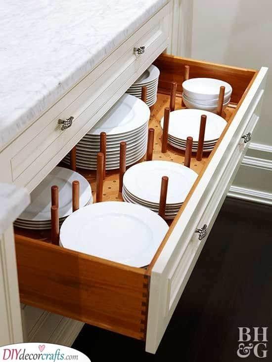 Storing Plates in a Smart Way - Kitchen Cabinet Storage Ideas