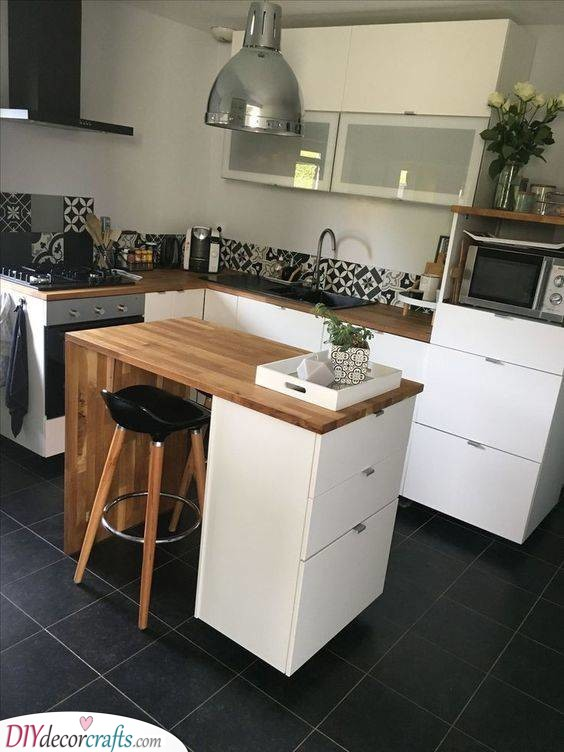 A Practical Kitchen Island - Practical Solutions