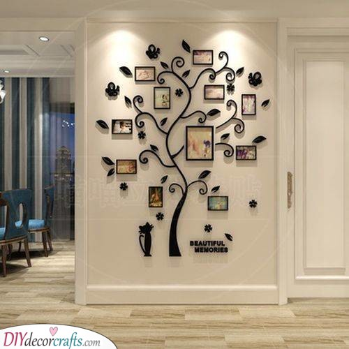 Terrific Frame Tree - DIY Wall Decor Ideas