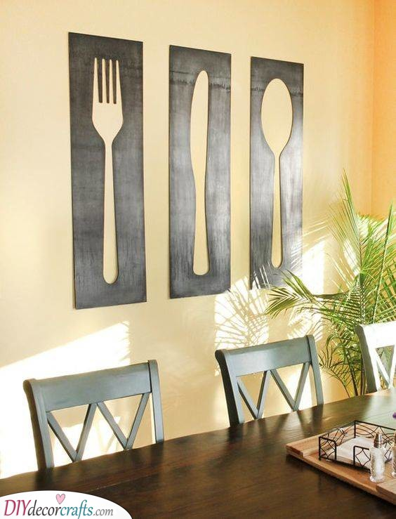 Fork, Knife and Spoon - DIY Wall Decor Ideas for Living Room