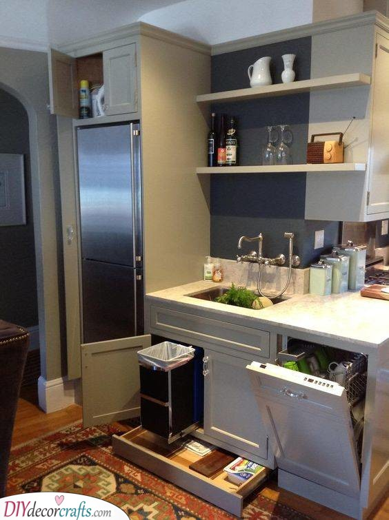 A Great Way to Organise - Modern Small Kitchen Ideas