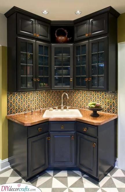 Right in the Corner - Small Kitchen Design Ideas
