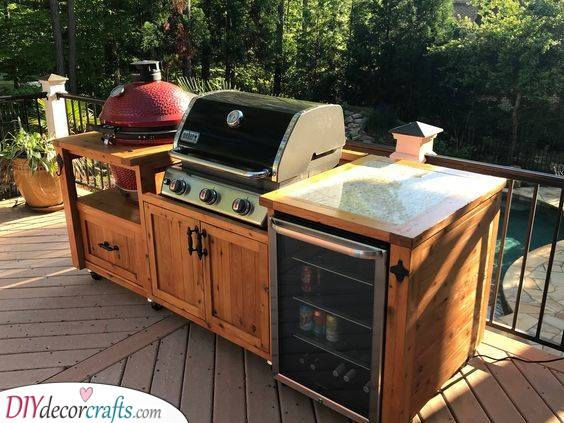 Simple and Small - A Mobile Kitchen