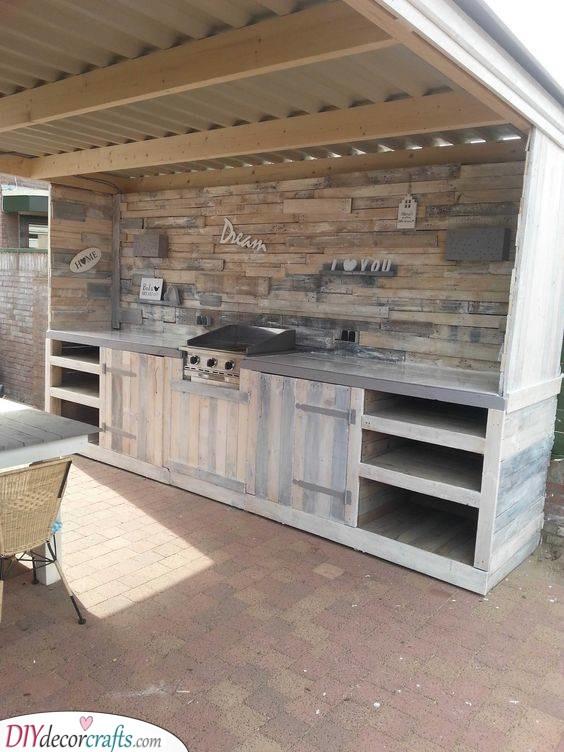 A Dream Come True - Pallet Kitchens