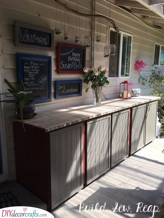 Create It Yourself - Amazing Outdoor Kitchen Cabinet Ideas