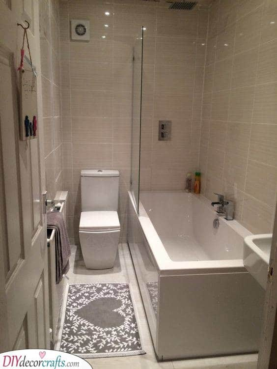 Fitting Everything In - Small Bathroom Design Ideas
