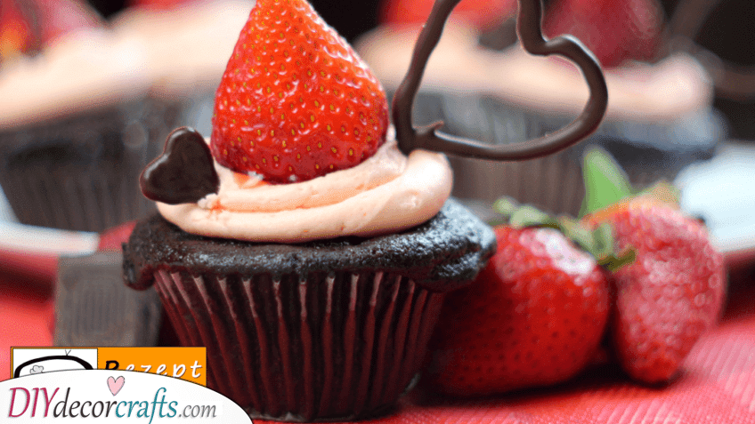 A Cupcake Filled with Love - Valentines Day Food Ideas
