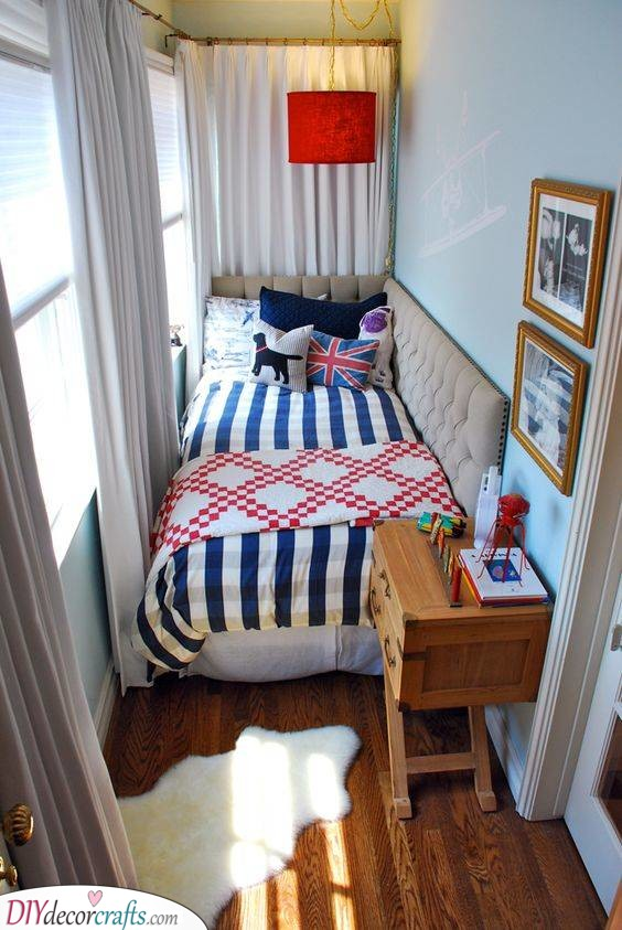 Small Bedroom Decorating Ideas - On a Budget