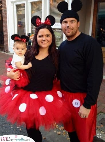 Minnie and Mickey Mouse - Carnival Costumes for Family