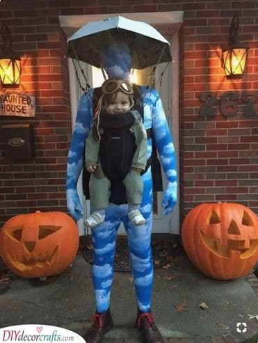 A Skydiving Baby - Family Carnival Costumes