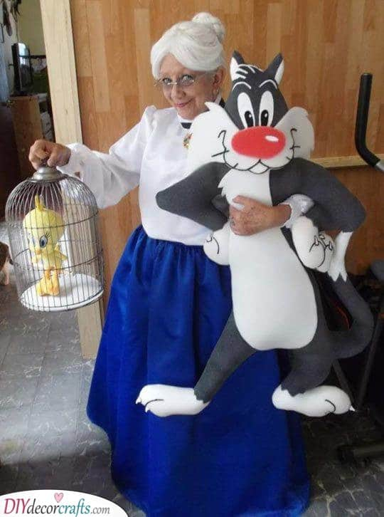 Tweety and Sylvester's Granny - Unique and Fun
