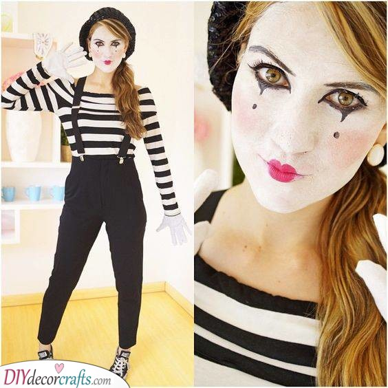 A Mime - Carnival Costumes for Women