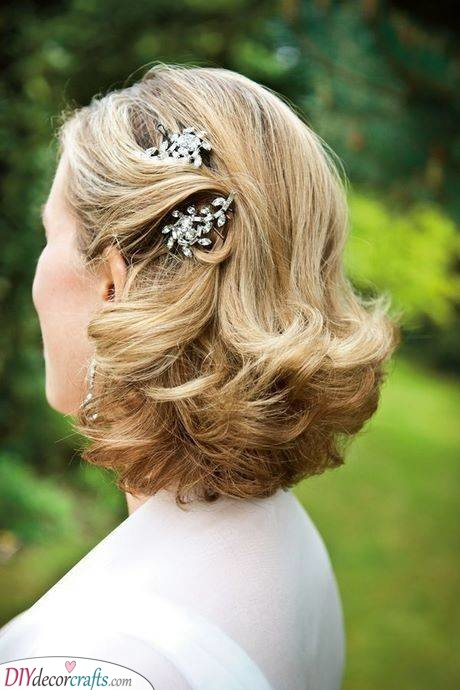 Mother of the Bride Hairstyles - Hairstyle Ideas for Her