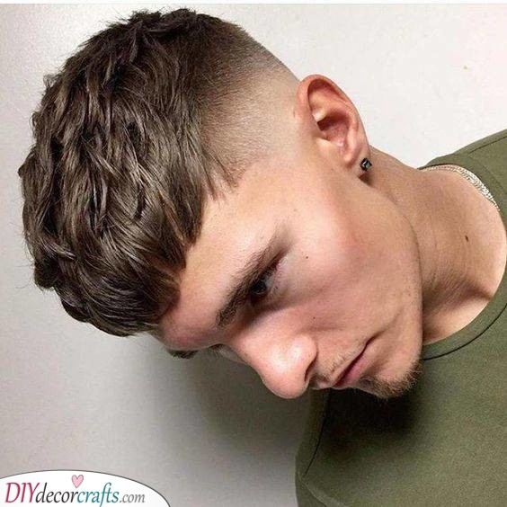 Skin Fade Crop - Hairstyles for Men with Thin Hair