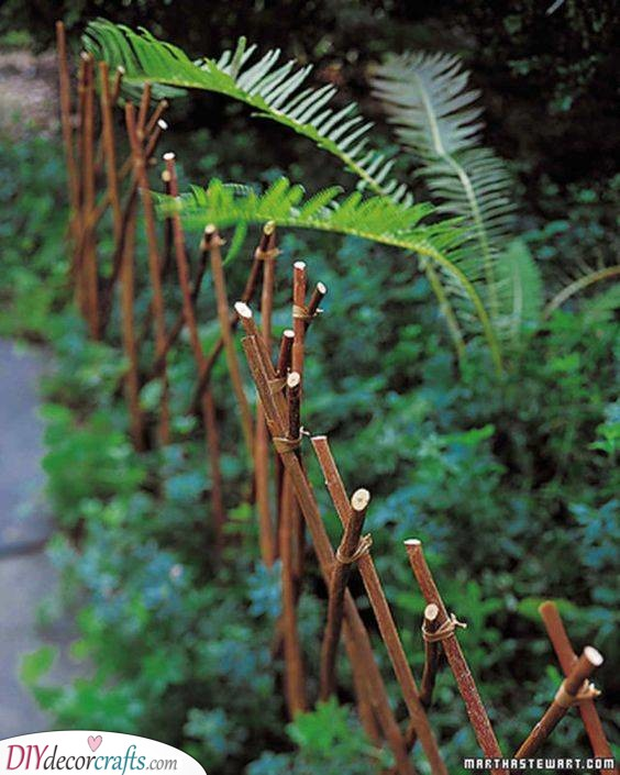 Making a Fence - Border Ideas for Gardens