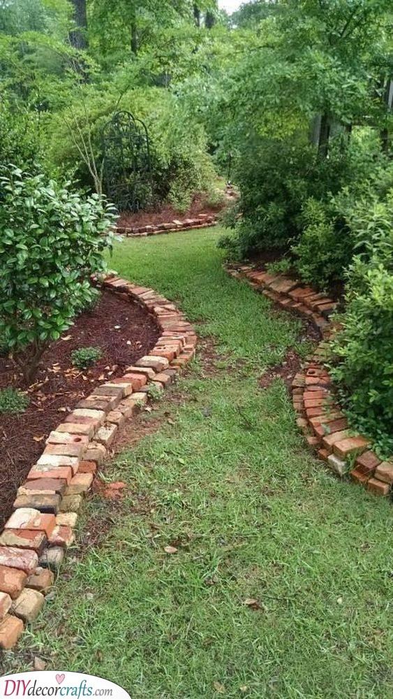 Another Brick in the Garden - Cheap Garden Edging Ideas