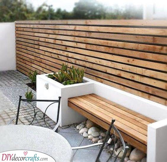 Modern and Chic - Very Cheap Garden Fence Ideas