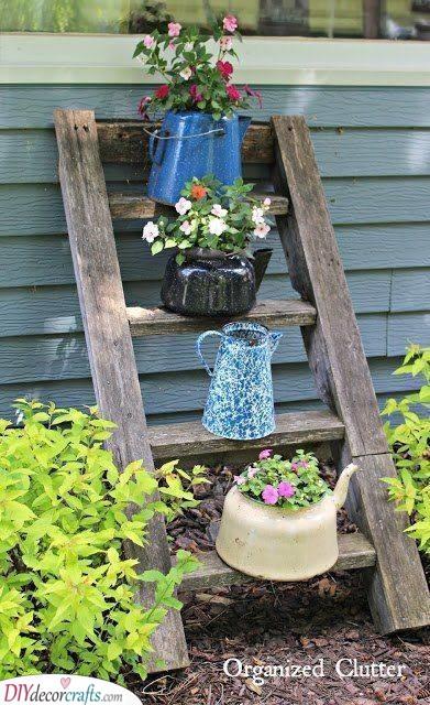An Alternative to Garden Beds - Teapots and Kitchen Pots