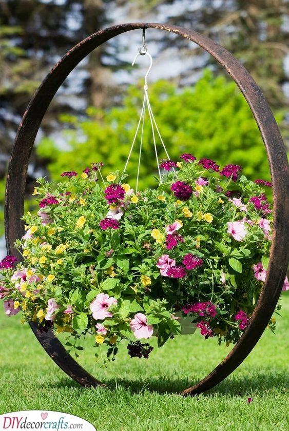 Hanging Flowers - Alternative Garden Bed Ideas