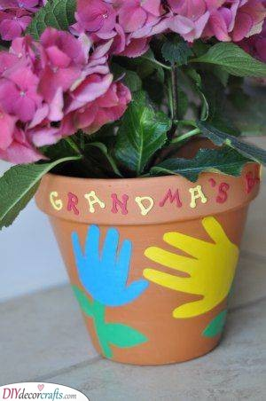 DIY Pot - Mothers Day Gifts for Nana