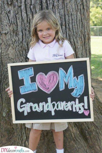 An Adorable Photo - Using a Blackboard