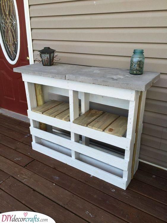A Bar for Your Garden - Pallet Outdoor Furniture