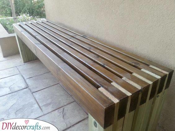 A Sturdy Bench - DIY Wooden Outdoor Storage Bench