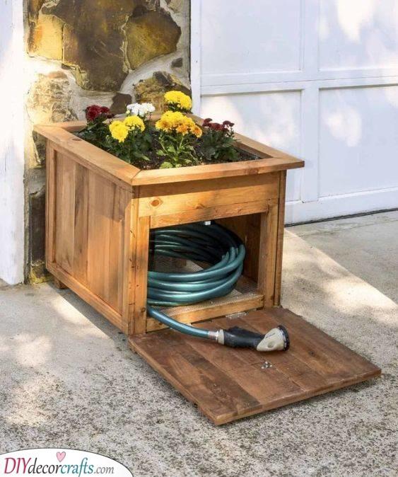 DIY Garden Furniture - DIY Outdoor Wooden Storage Bench