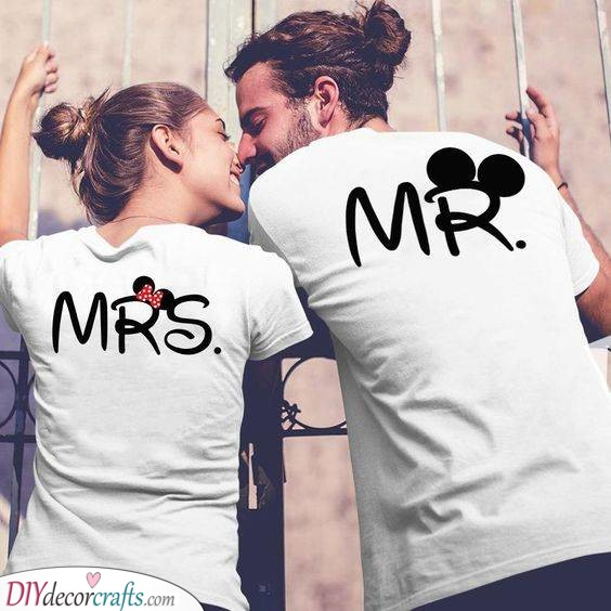 Adorable T-Shirts - Best Gift Ideas for Couples