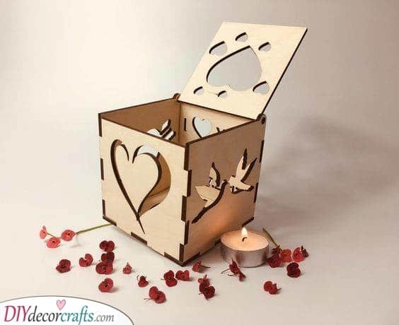 Creating a Candleholder - Presents for Couples