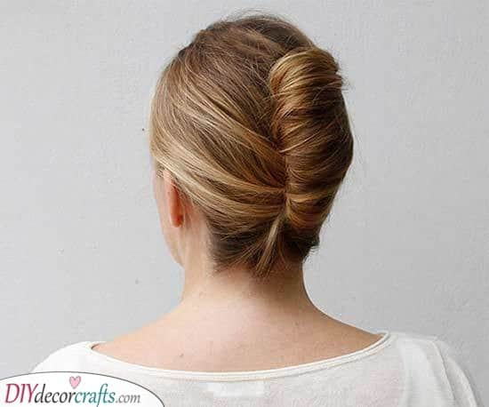 A Splendid French Twist - An Updo for Long Hair