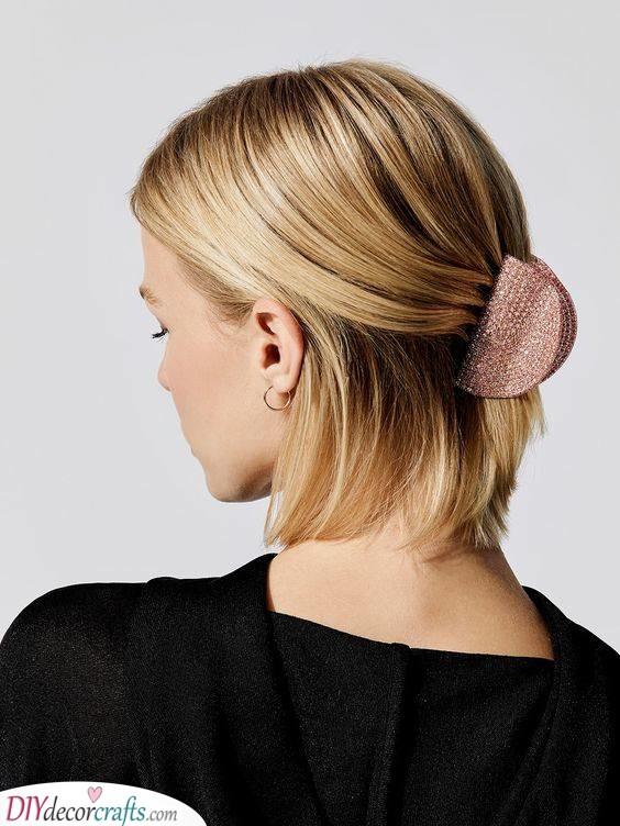 A Beautiful Hair Claw - An Easy Solution