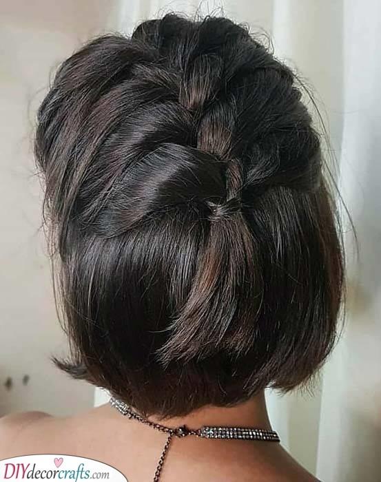 A Quick Braid - Hairstyles for Medium Hair for Teens