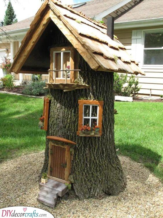 Cute and Cool - DIY Tree Stump Fairy House
